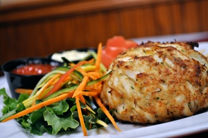 Some side dishes go better with crab cakes than others, and knowing which ones to use can add that extra bit of excitement to your feast.