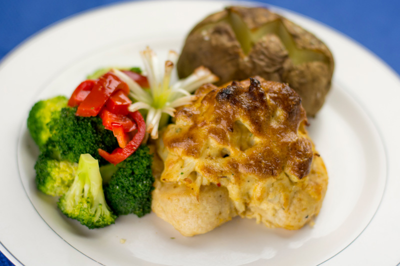 costas inn crab cakes baltimore maryland awesome crab cakes